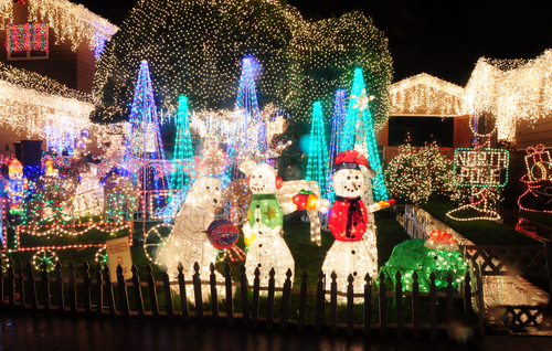 Best home and garden christmas decorating ideas women for Home and garden christmas decoration ideas