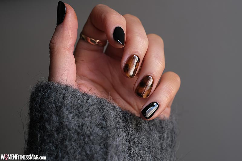 Pick your favorite Nail Paint color