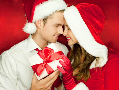 Romantic Things to Do for Him This Christmas