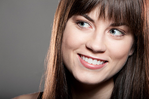 How to Grow Out Your Bangs Without Looking Awkward