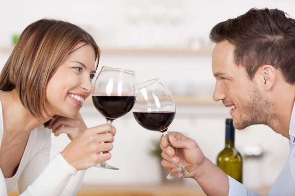 Fun Drinking Games to Play with Your Love