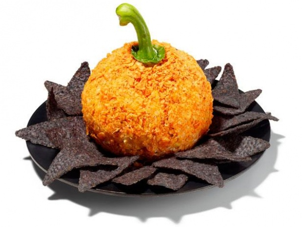 Pumpkin Cheese Ball Creative Halloween Appetizers