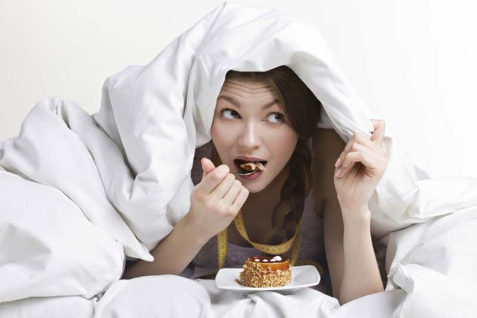 5 Things You May Never Eat Before Going To Bed, eating before bed bad, foods to eat before bed to lose weight, eating before bed bodybuilding, eating before bed myth, eating before bed weight gain, eating before bed digestion, yogurt before bed for weight loss, banana before bed weight loss, does eating late at night cause weight gain, eating before bed bad, eating before bed weight loss, does eating at night make you gain weight, eating before bed myth, eating before bed bodybuilding, effects eating late at night, eating at night bodybuilding,