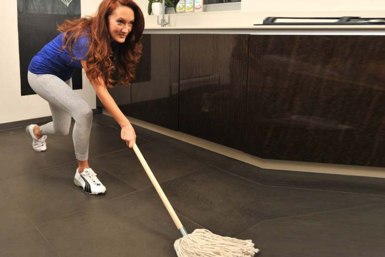 Cleaning Is Not the New Cardio : It Will Not Keep You Fit, house cleaning workout, is housework good exercise, calories burned cleaning house per hour, how to get exercise from housework, sweeping floor good exercise, exercise while cleaning house, does housework burn calories, mopping floor calories burned,