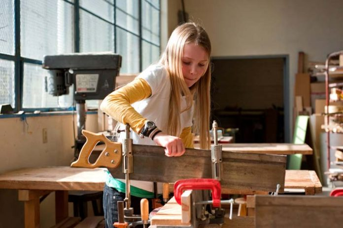 Get Your Kids On Woodworking Action – Encourage Your Young Carpenters, easy woodworking projects for kids, easy building projects for kids, woodworking classes for kids, kids woodworking kits, small woodworking craft projects for kids, woodworking projects for kids to build, father son woodworking projects, wood crafts for kids,