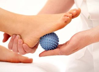 Foot Care in Jobs Involving Longs Hours of Standing and Walking, tips for standing for long periods of time, standing for long periods of time knee pain, standing for long periods of time at work laws, standing for long periods of time foot pain, effects of standing for long periods of time, how to relieve foot pain from standing all day, how to relieve leg pain from standing all day, leg pain when standing too long,