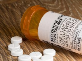opioid misuse during pregnancy, opiates and pregnancy effects, opioid use in pregnancy linked to birth defects, oxycodone use during pregnancy, opioids pregnancy category, narcotic use during pregnancy, opiate withdrawal during pregnancy, quitting opiates while pregnant, long term effects of opiates on babies,