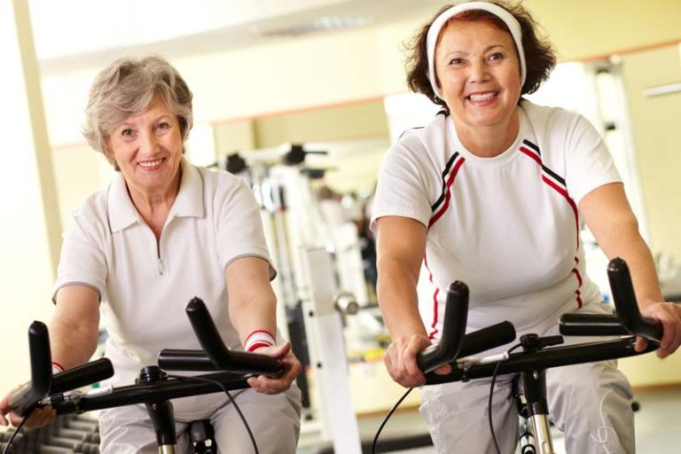 Why is it hard to lose weight when you get older, does it get harder to lose weight as you get thinner, losing weight at age 60, why is it hard to lose weight after 30, harder to lose weight in late 20s, unintentional weight loss and aging, weight loss and aging face, best age to lose weight, aging and weight loss,