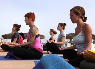 Questions to Ask Yourself Before Joining a Yoga Class