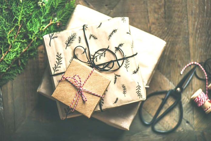 Sweet Reasons To Spread Gift Love On Festive Season