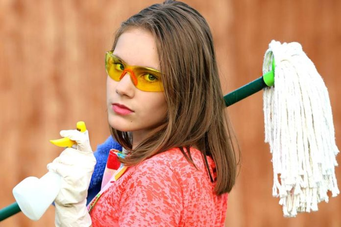 Quick, Easy, and Organized Spring Cleaning Strategies, spring cleaning tips, spring cleaning 101, spring cleaning mistakes, spring cleaning declutter, when to start spring cleaning, spring cleaning tips 2018, spring cleaning tips and tricks, top 10 spring cleaning tips, when to start spring cleaning, apartment spring cleaning tips, hgtv spring cleaning tips, spring cleaning checklist,