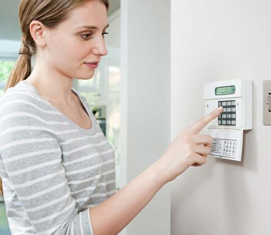 7 tips from experts for Working woman and Home security, diy home security systems, home security systems reviews, home security systems consumer reports, wireless home security systems, home security systems with cameras, home security companies, adt home security, home security monitoring, single female living alone, can a woman live alone, how to feel safe as a woman, tips for living alone in an apartment, living alone single and struggling, how to feel safe home alone at night, how to live as a single woman, home alone security,