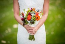 Best Flower Bouquet for Wedding, wedding bouquets by color, wedding bouquets pictures, cheap wedding bouquets packages, bridal bouquets online, silk bridal bouquets, wedding flowers, wedding bouquets online, artificial wedding bouquets,
