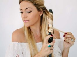 How to Curl Naturally Curly Hair With a Curling Iron