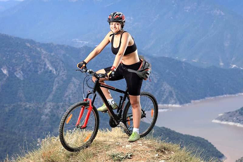 Vanessa mountain bikini image