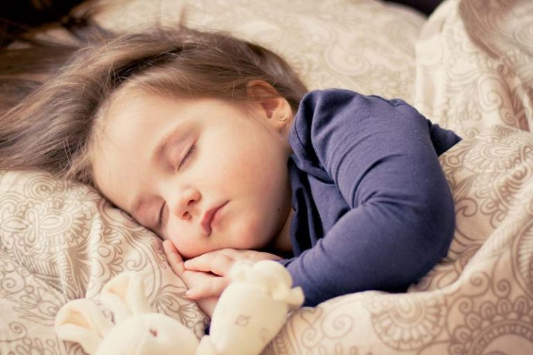 How to help kids fall asleep