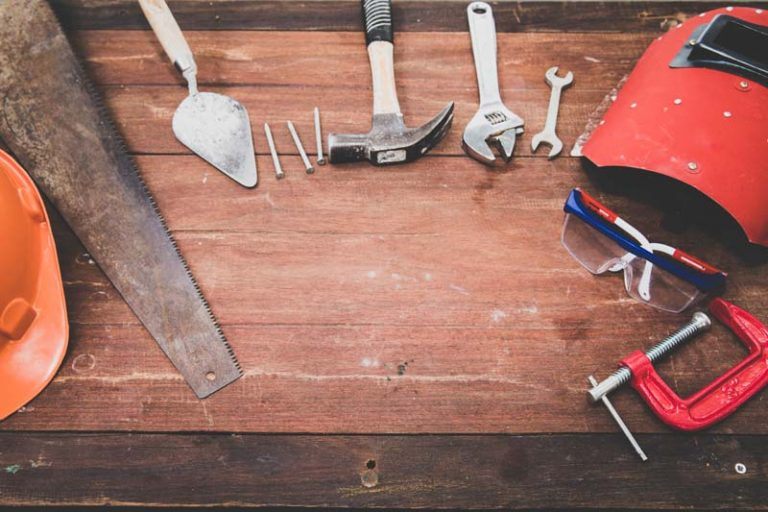 6 Home Maintenance Projects This Fall