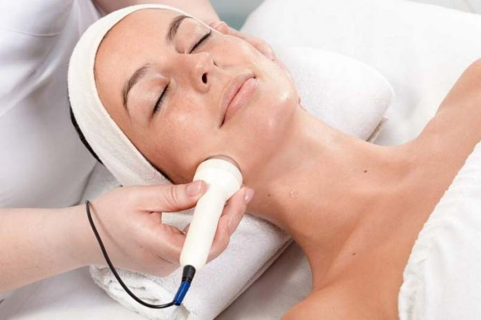 Getting Younger Looking Skin with Tightening Machine
