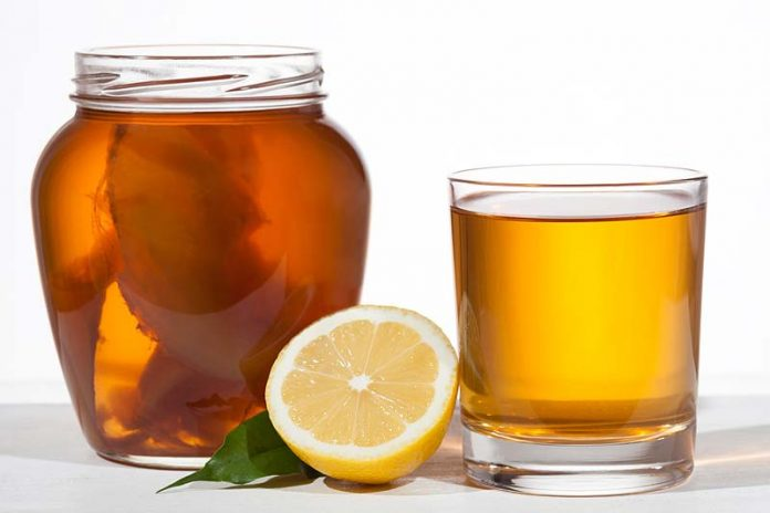 What are the benefits of drinking Kombucha?