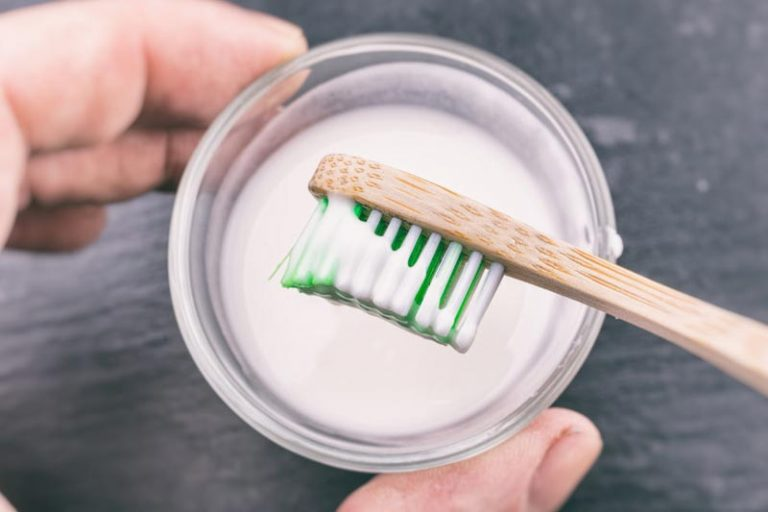 Is Baking Soda an Effective Way to Clean Teeth?