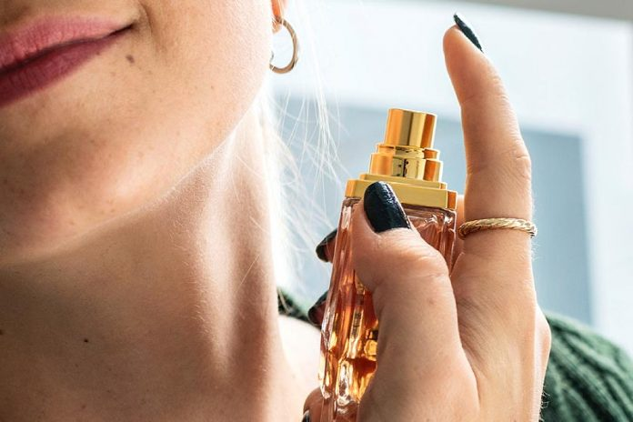 5 Classic Fragrances Every Women Should Wear