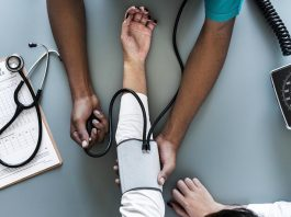 How to Succeed in Your Career in the Health Care Industry