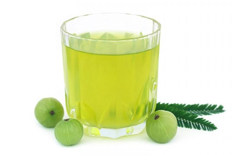 5 Health Benefits of Amla Green Tea