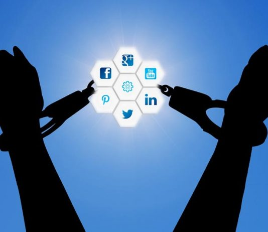 Tips to Avoid Getting Addicted to Social Media Content