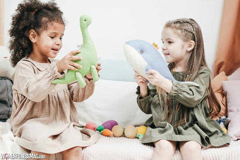 Stuff Toys encourages kids to socialize