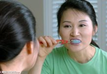 Brushing Before Bed: How to Get into the Habit with Your Family