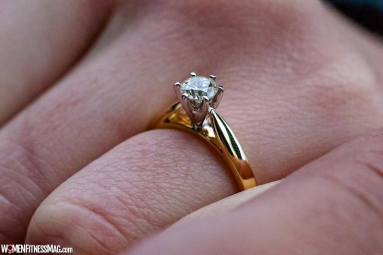 How Much to Spend on a Diamond Engagement Ring