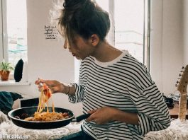 Why Emotional Eating Happens For Women And How To Stop It