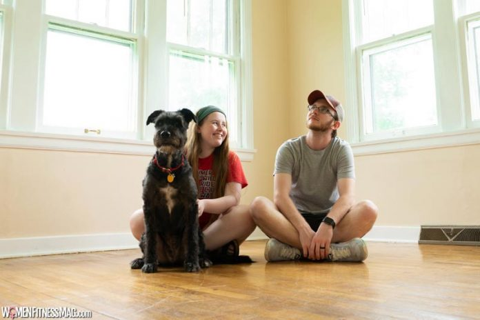How to Adjust to Moving in With Someone
